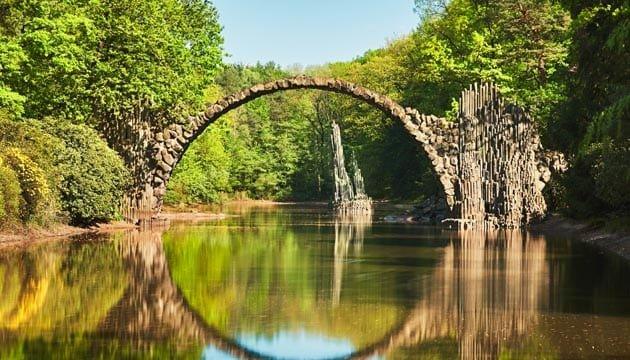 Risultati immagini per ponte del diavolo foresta nera