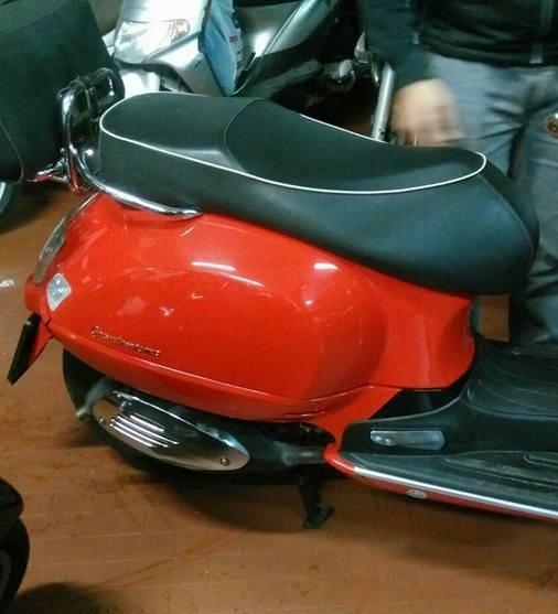 Vespa 200 GT.jpg